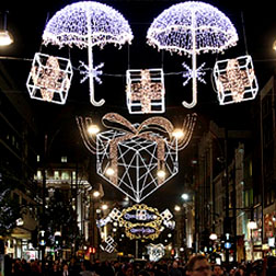 <b>London Lights Up For...</b>