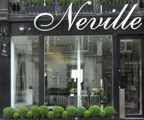 <b>Review: Neville Hair...</b>