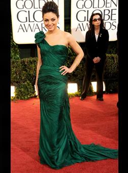 Mila Kunis in Vera Wang