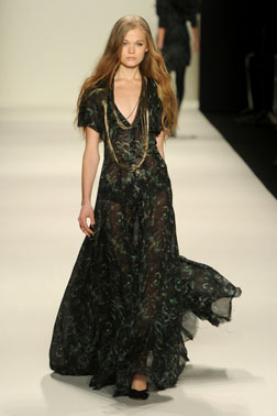 <b>NY Fashion Week Roun...</b>