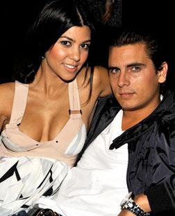 <b>New Kardashian Arriv...</b>