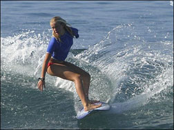 <b>Trailer: Soul Surfer...</b>