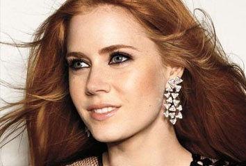 <b>Amy Adams is Lois La...</b>