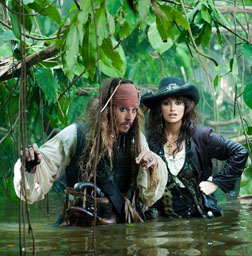 <b>Trailer: Pirates of ...</b>