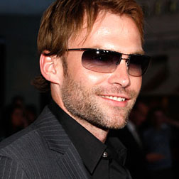 <b>Seann William Scott ...</b>