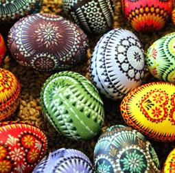 <b>Easter Treats...</b>