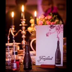 <b>WIN FREIXENET BUBBLY...</b>