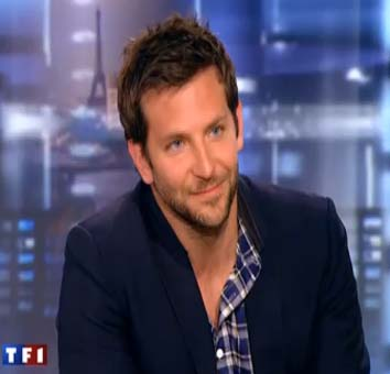 <b>Bradley Cooper Gets ...</b>