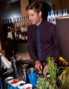Jo Canta doing his thing behind the bar