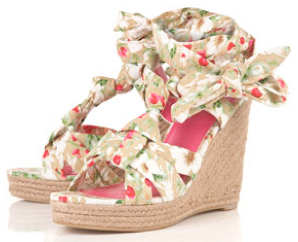 <b>The Floral Wedge...</b>