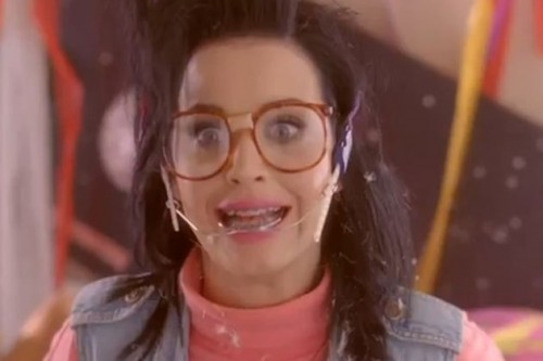 <b>New Katy Perry Video...</b>