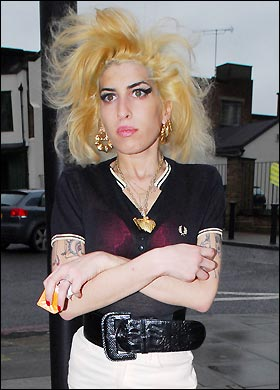 <b>Amy Winehouse's Prem...</b>