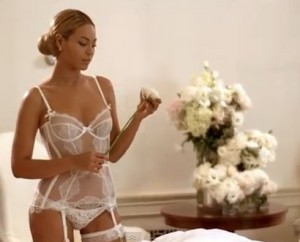 Beyonce in the video for Best Thing I Never Had