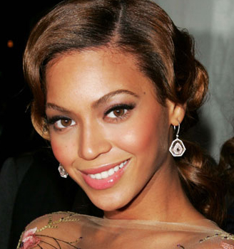 Beyonce donning the feline flick