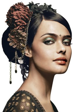 <b>Global Beauty: Lakme...</b>