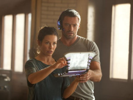 Hugh Jackman and Evangeline Lilly in Real Steel