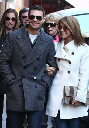 Julianne and Ryan strolling in Paris