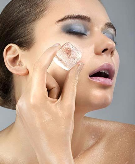 Use an ice cube to seal you pores