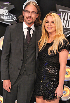 <b>Britney Is Engaged!...</b>