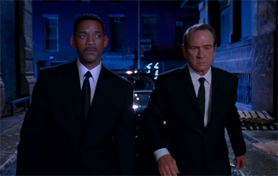 <b>Trailer: Men In Blac...</b>