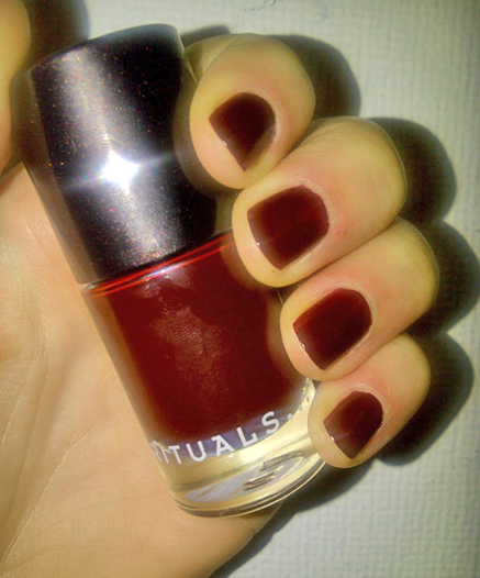 Rituals Nail Polish in Late Night Ruby