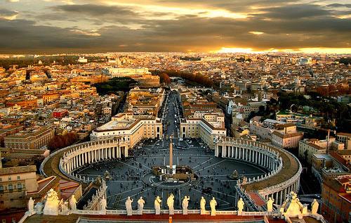 <b>Explore Rome...</b>