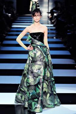 <b>Paris Haute Couture ...</b>