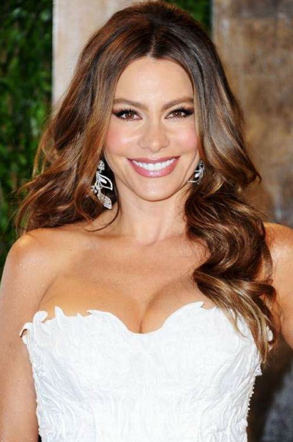 <b>Sofia Vergara Meets ...</b>
