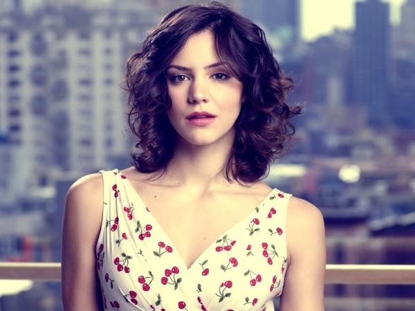 <b>Star Profile: Kathar...</b>