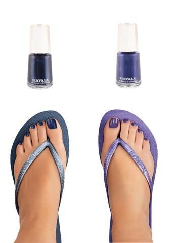 <b>Flip Flop Feet...</b>