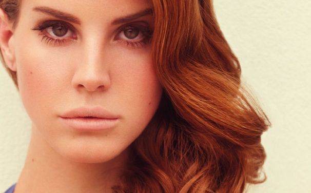 <b>Watch: Lana Del Rey ...</b>