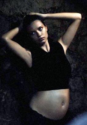 <b>Adriana Lima Bares B...</b>