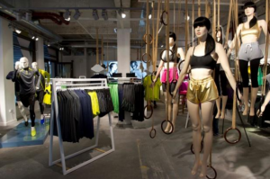 H&amp;M Sport Pop Up