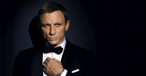 Daniel Craig to host Saturday Night Live