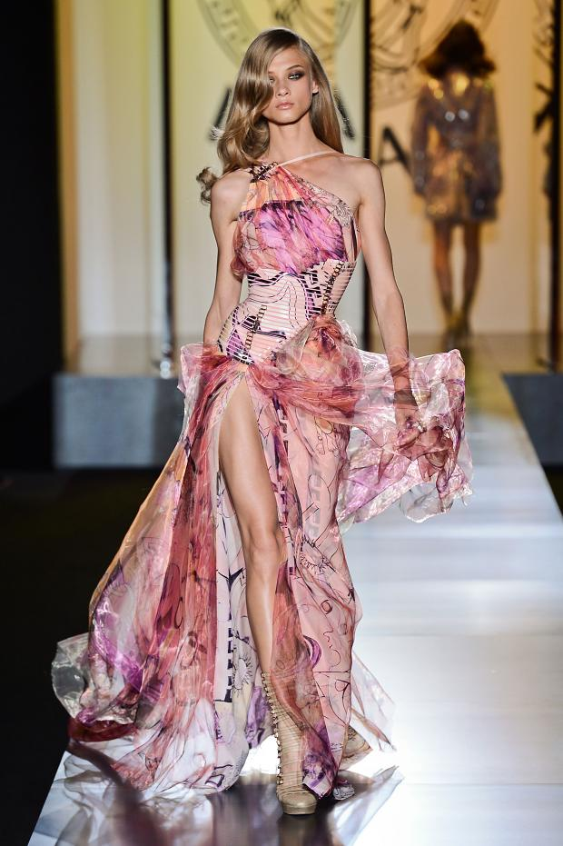 Paris haute couture fashion week kicks off beauty and for Haute couture atelier