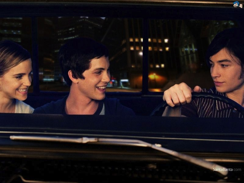 <b>Film Trailer: Perks ...</b>