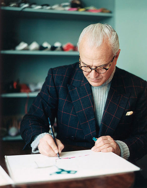 <b>Manolo Blahnik Wins ...</b>