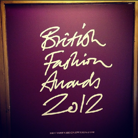 <b>British Fashion Awar...</b>