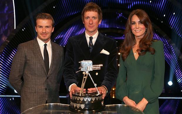 <b>Kate Middleton Wears...</b>