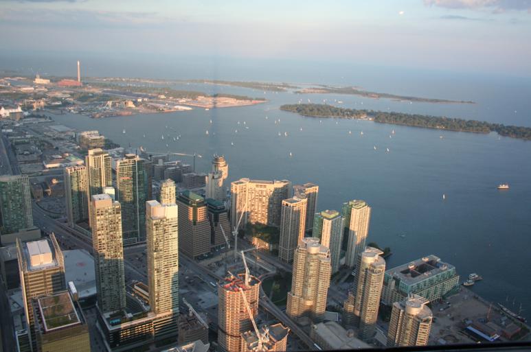 <b>Toronto Day-Tripping...</b>