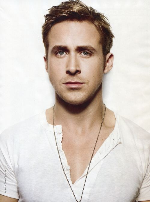 <b>Ryan Gosling In A Bo...</b>