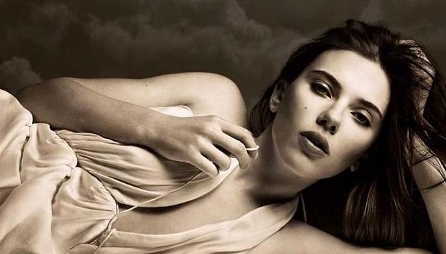 <b>Scarlett Johansson's...</b>