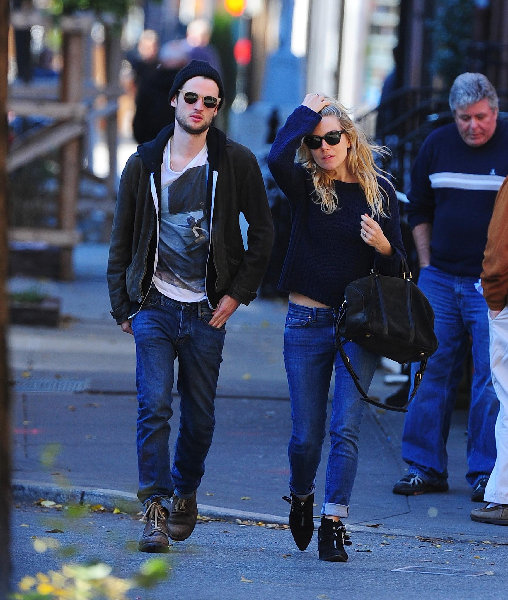 sienna-miller-tom-sturridge-in-mih-and-jean-machine-full-sized