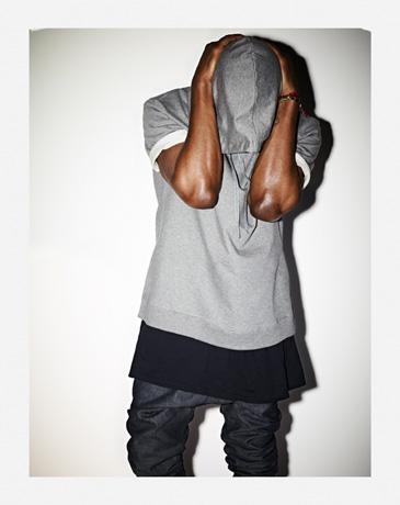 <b>UPDATE: Kanye West's...</b>