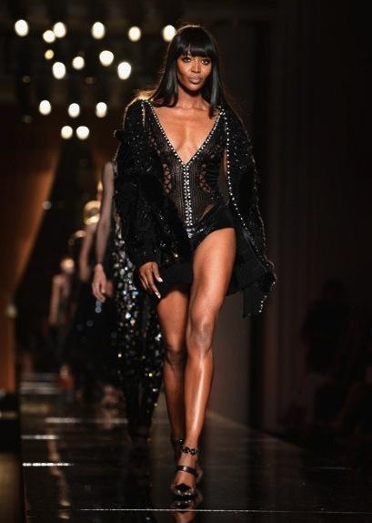 Naomi-versace-main_2604506a