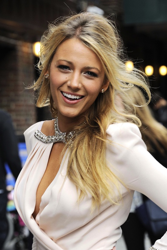 Blake-Lively-Style-David-Letterman-Savages-01