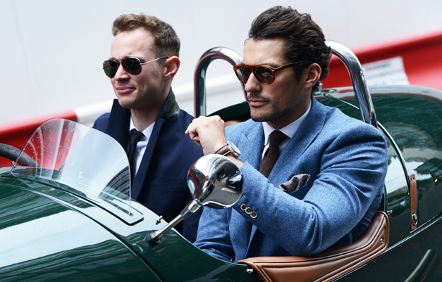 <b>DAVID GANDY: ESCAPIS...</b>