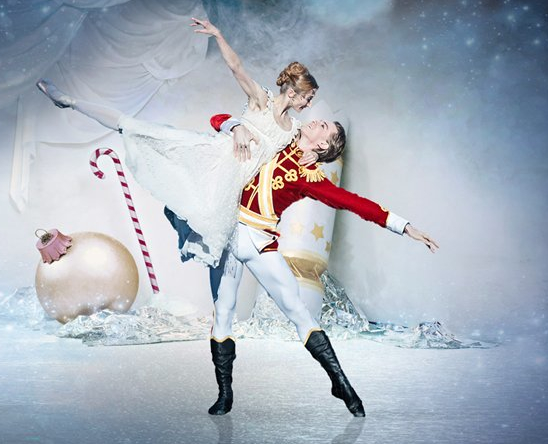 <b>THE NUTCRACKER: ENGL...</b>