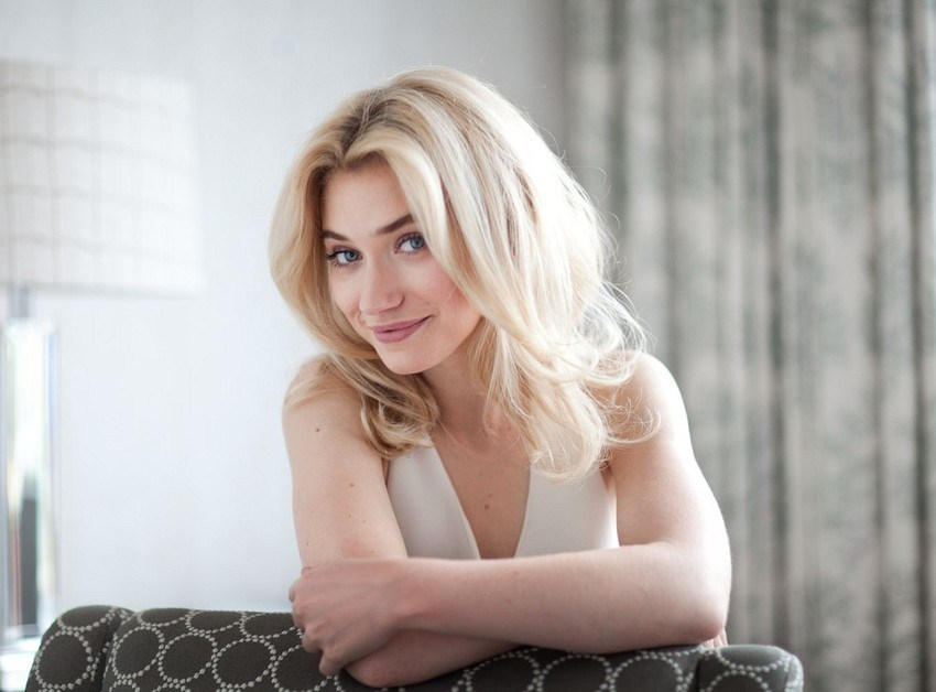 <b>IMOGEN POOTS: FROM H...</b>