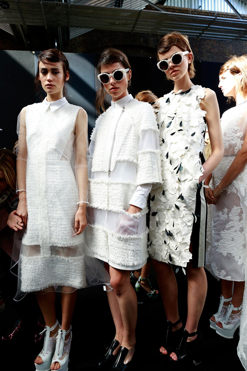 <b>ERDEM SETS SIGHTS ON...</b>
